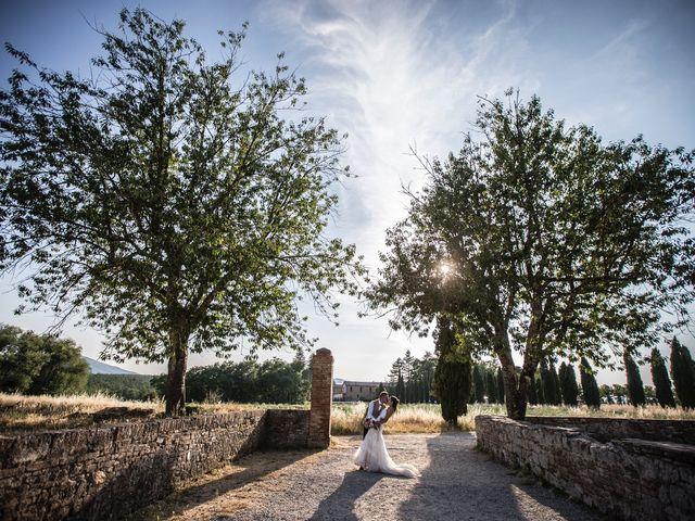 Il matrimonio di Luca e Gloria a Chiusdino, Siena 43