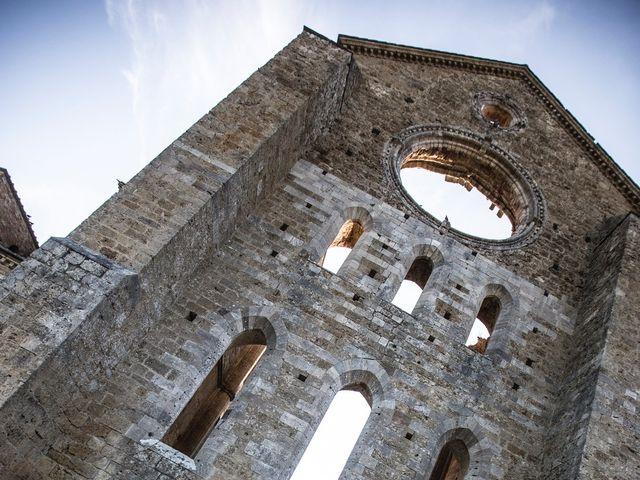 Il matrimonio di Luca e Gloria a Chiusdino, Siena 48