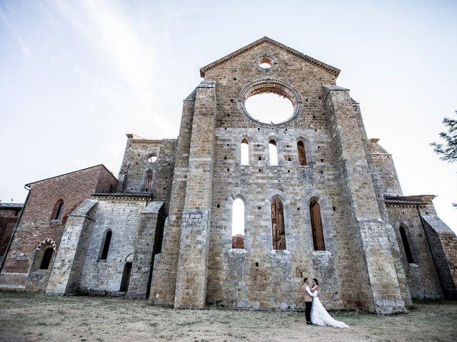 Il matrimonio di Luca e Gloria a Chiusdino, Siena 51