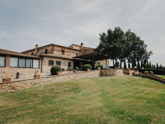Il matrimonio di Emanuele e Mariane a Trequanda, Siena 3