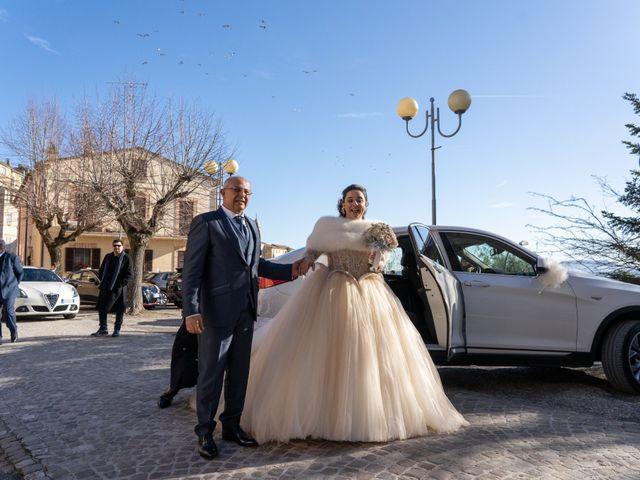 Il matrimonio di Fabio e Lucia a Petritoli, Fermo 33