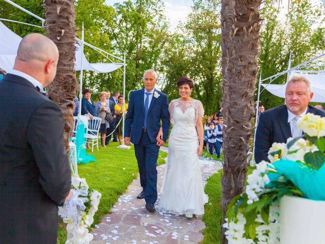 Il matrimonio di Mirko e Sara a Bagnone, Massa Carrara 4