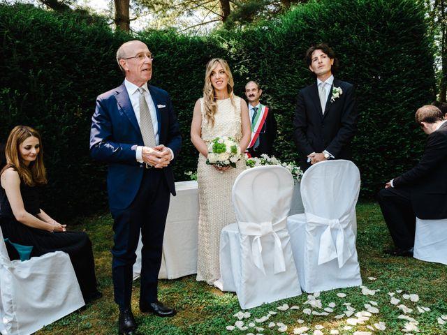Il matrimonio di Marco e Luisa a Comignago, Novara 37