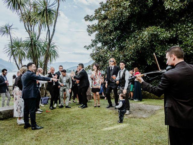 Il matrimonio di Andrea e Emanuela a Dongo, Como 24