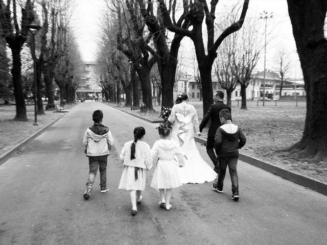 Il matrimonio di Paolo e Elisabetta a Rovellasca, Como 17