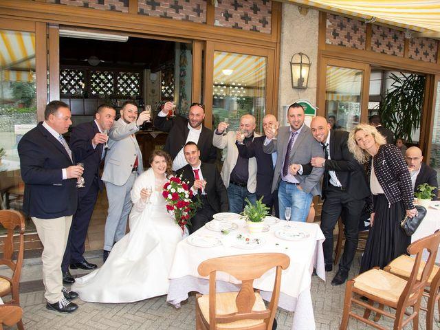 Il matrimonio di Paolo e Elisabetta a Rovellasca, Como 20
