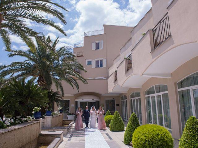 Il matrimonio di Gino e Arianna a Vietri sul Mare, Salerno 10
