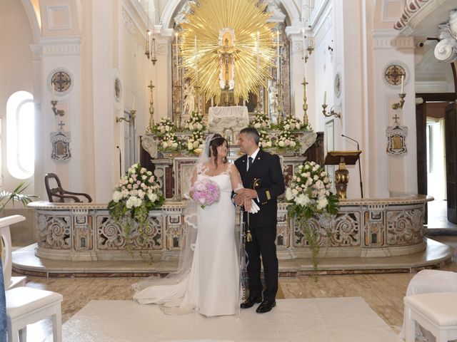 Il matrimonio di Gino e Arianna a Vietri sul Mare, Salerno 13