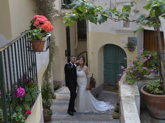 Il matrimonio di Gino e Arianna a Vietri sul Mare, Salerno 14