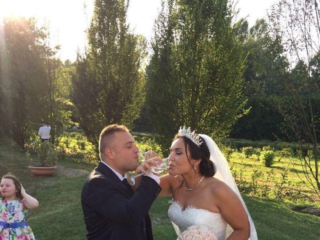 Il matrimonio di Gianluca  e Eva  a Gropello Cairoli, Pavia 17