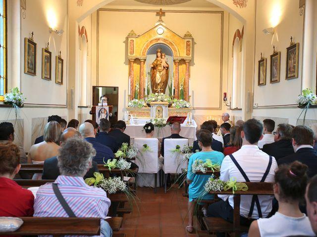 Il matrimonio di Davide e Elona a Angera, Varese 11