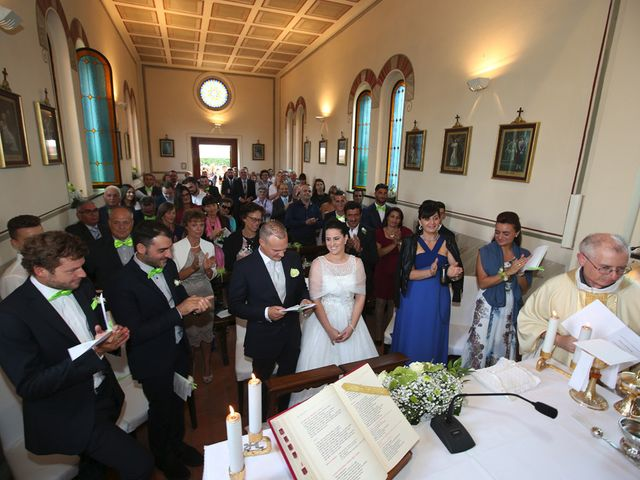 Il matrimonio di Davide e Elona a Angera, Varese 12