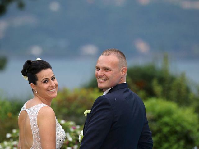 Il matrimonio di Davide e Elona a Angera, Varese 22