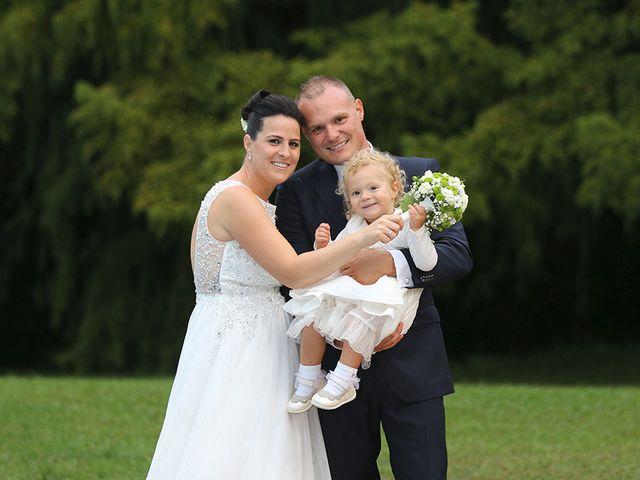 Il matrimonio di Davide e Elona a Angera, Varese 26