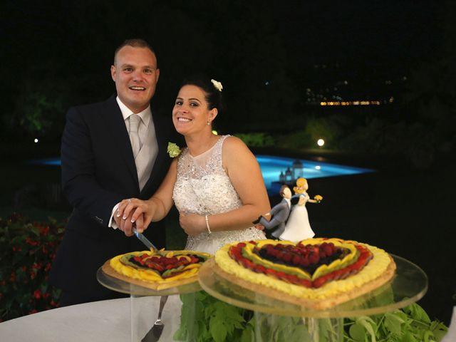 Il matrimonio di Davide e Elona a Angera, Varese 29