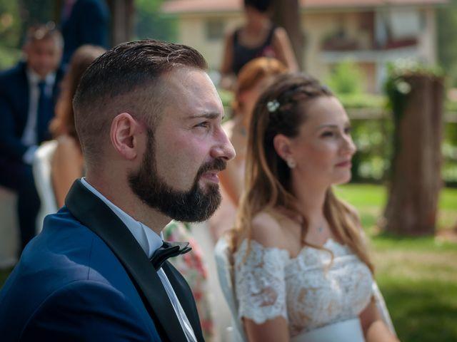 Il matrimonio di Natasha e Marco a Roppolo, Biella 25