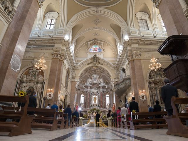 Il matrimonio di Lorenzo e Karen a Martina Franca, Taranto 32