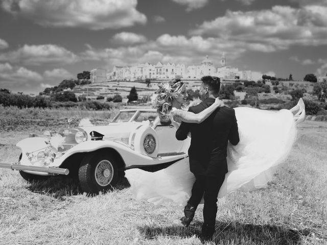 Il matrimonio di Lorenzo e Karen a Martina Franca, Taranto 51