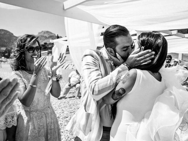 Il matrimonio di Ivan e Giuliana a Letojanni, Messina 26