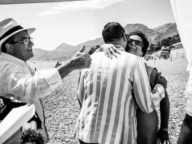 Il matrimonio di Ivan e Giuliana a Letojanni, Messina 29