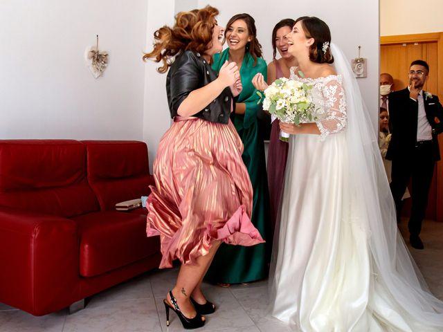 Il matrimonio di Ivana e Giuseppe a Triggiano, Bari 11
