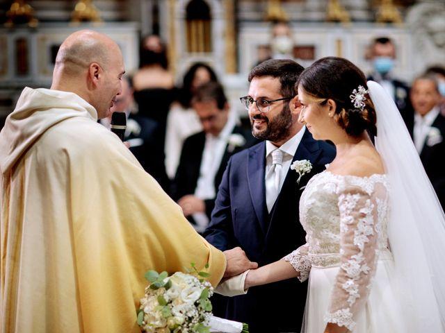 Il matrimonio di Ivana e Giuseppe a Triggiano, Bari 20