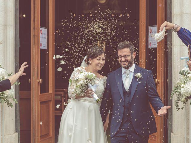 Il matrimonio di Ivana e Giuseppe a Triggiano, Bari 25