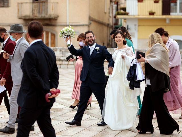 Il matrimonio di Ivana e Giuseppe a Triggiano, Bari 26