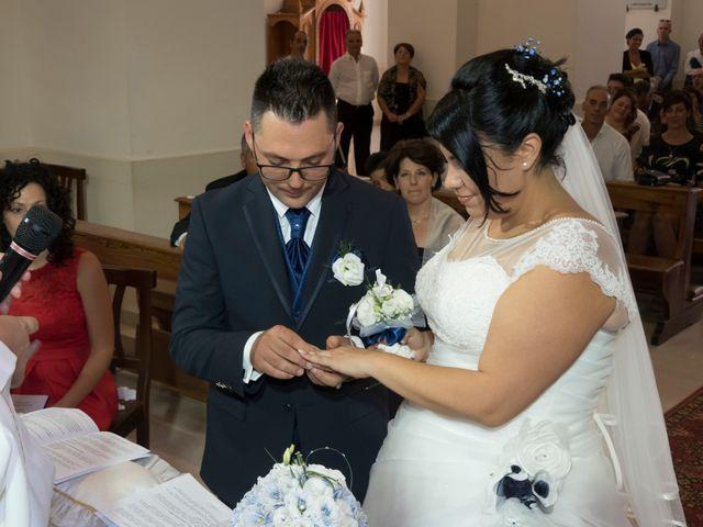 Il matrimonio di Emanuele e Tiziana a Acquarica del Capo, Lecce 21