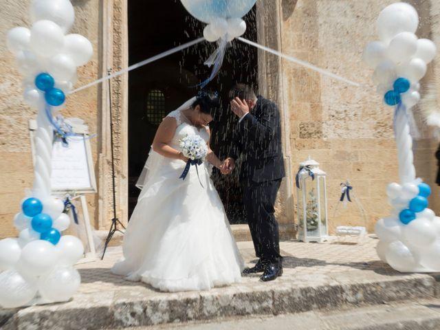 Il matrimonio di Emanuele e Tiziana a Acquarica del Capo, Lecce 22