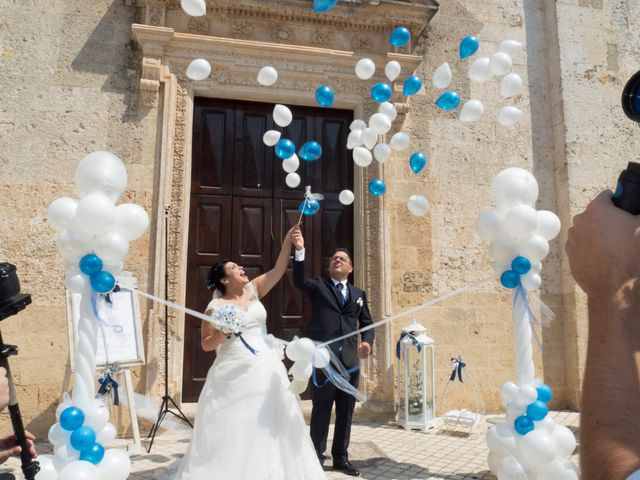 Il matrimonio di Emanuele e Tiziana a Acquarica del Capo, Lecce 24