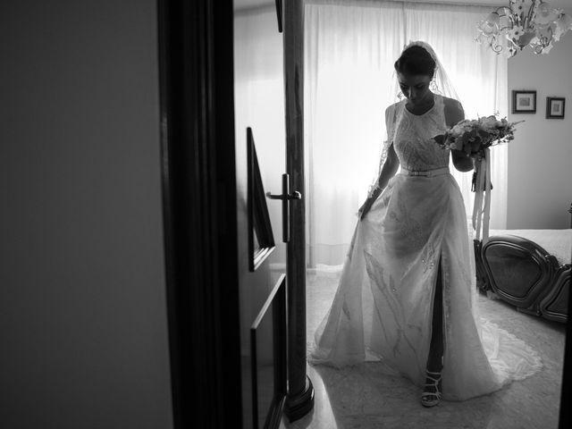 Il matrimonio di Luca e Floriana a Lecce, Lecce 11
