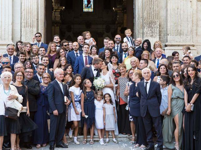 Il matrimonio di Luca e Floriana a Lecce, Lecce 28