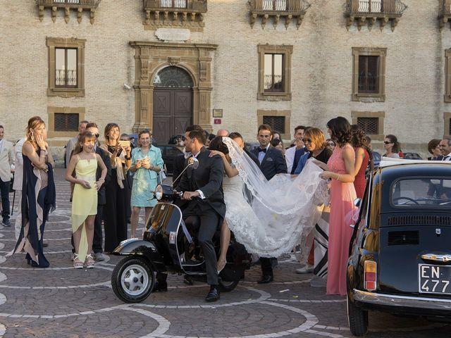 Il matrimonio di Carlo e Simona a Piazza Armerina, Enna 15