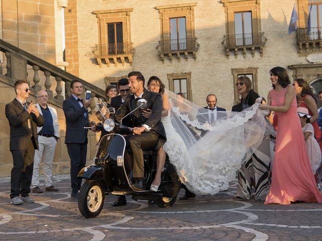 Il matrimonio di Carlo e Simona a Piazza Armerina, Enna 18