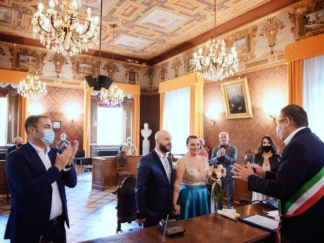 Il matrimonio di Marco e Martina a San Pietro in Casale, Bologna 20