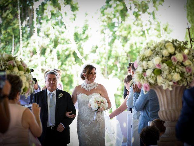 Il matrimonio di Giuseppe e Debora a Grottaminarda, Avellino 16