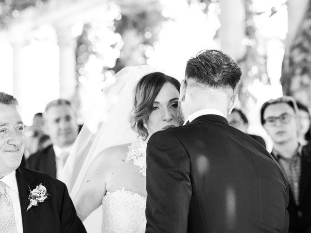 Il matrimonio di Giuseppe e Debora a Grottaminarda, Avellino 18