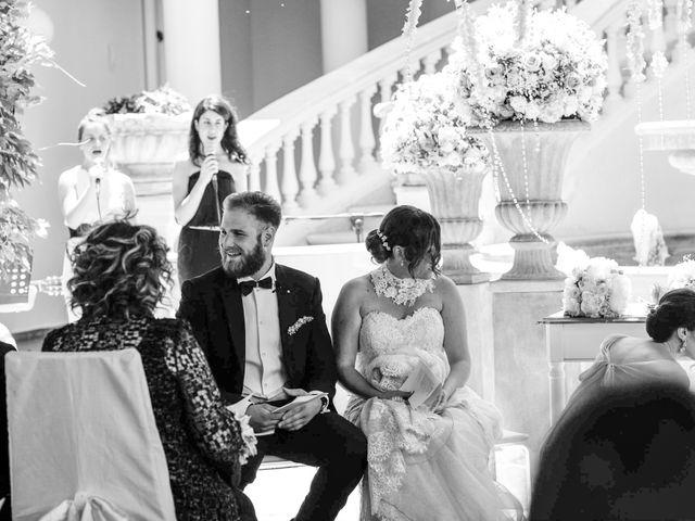 Il matrimonio di Giuseppe e Debora a Grottaminarda, Avellino 27
