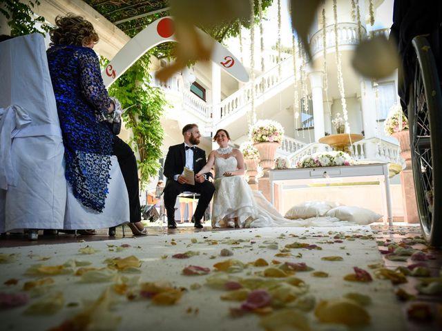 Il matrimonio di Giuseppe e Debora a Grottaminarda, Avellino 36