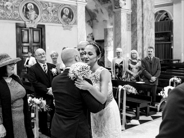 Il matrimonio di Aron e Veronica a Valmadrera, Lecco 37