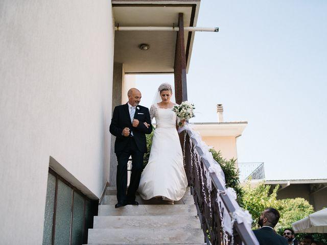 Il matrimonio di Simone e Amalia a Pescara, Pescara 17