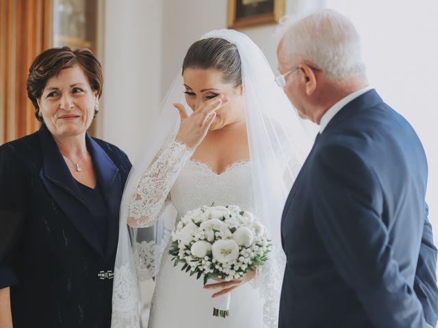 Il matrimonio di Michele e Antonietta a Giugliano in Campania, Napoli 21