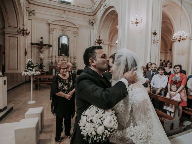 Il matrimonio di Michele e Antonietta a Giugliano in Campania, Napoli 24