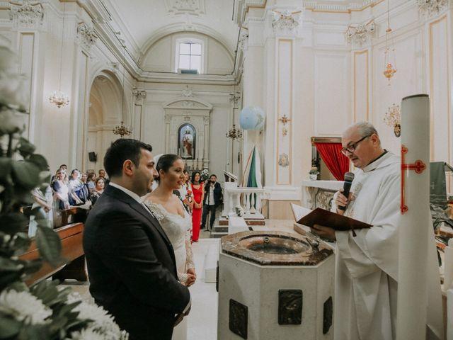 Il matrimonio di Michele e Antonietta a Giugliano in Campania, Napoli 27