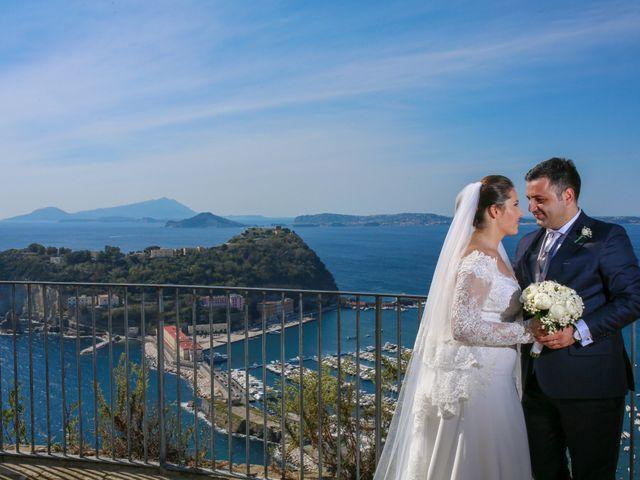 Il matrimonio di Michele e Antonietta a Giugliano in Campania, Napoli 92
