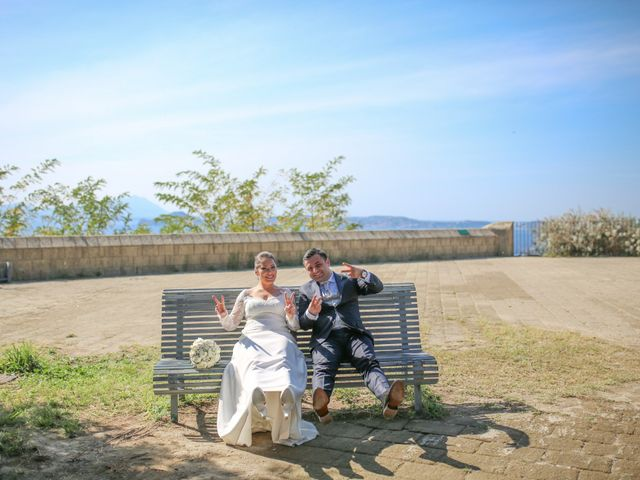 Il matrimonio di Michele e Antonietta a Giugliano in Campania, Napoli 93
