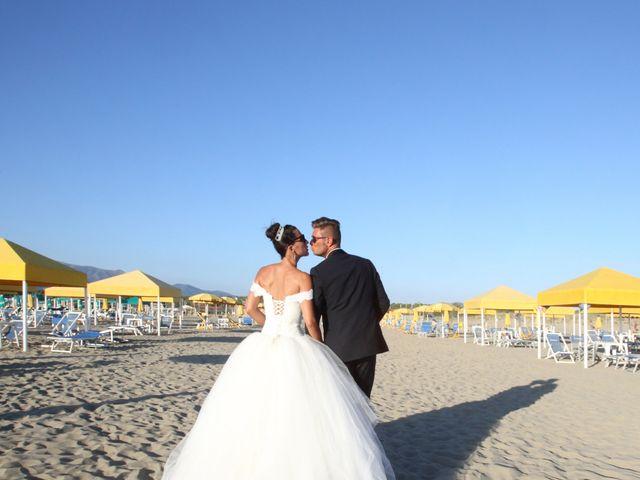 Il matrimonio di Marco e Jennifer a Massarosa, Lucca 22