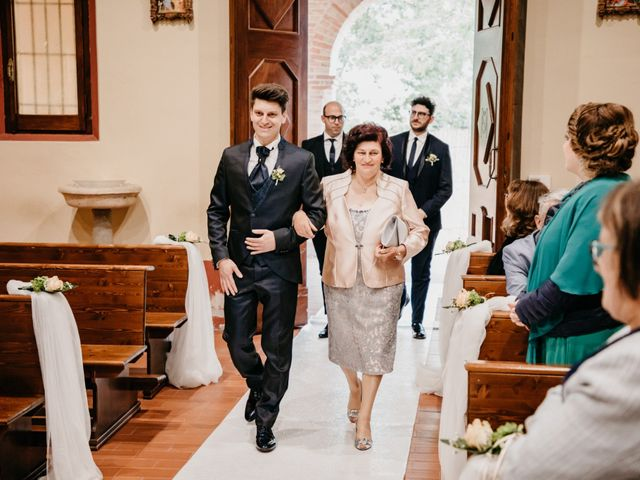 Il matrimonio di Francesco e Ilaria a Bellante, Teramo 26