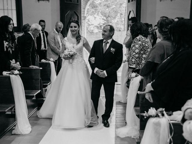 Il matrimonio di Francesco e Ilaria a Bellante, Teramo 29